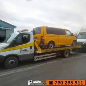 Laweta-Sandomierz-790-295-911-na-lawecie-pomoc-drogowa